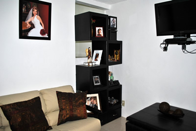 Sala con foto de novia