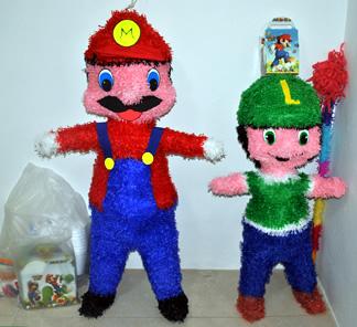 Piñata de Mario Bros y Luigi