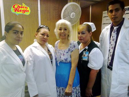 Doctores y Enfermeras Oncologia IMSS Especialidades no. 25